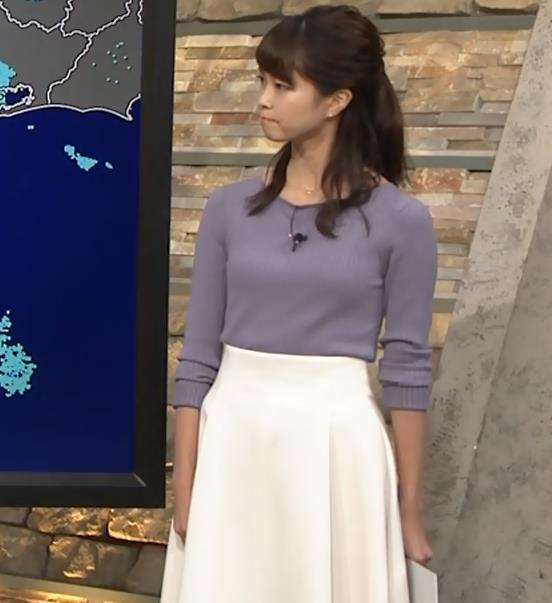 下村彩里アナ ニットおっぱいキャプ・エロ画像3
