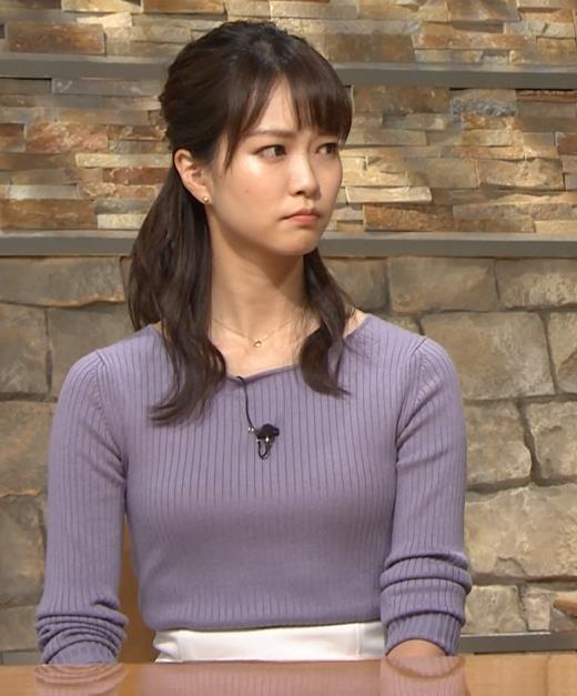 下村彩里アナ ニットおっぱいキャプ・エロ画像7