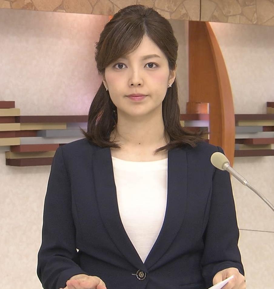 四位知加子アナ おっぱいがエロいTシャツキャプ・エロ画像