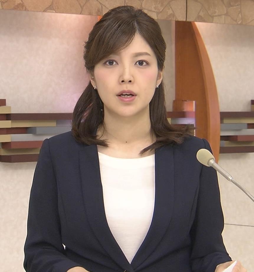 四位知加子アナ おっぱいがエロいTシャツキャプ・エロ画像2