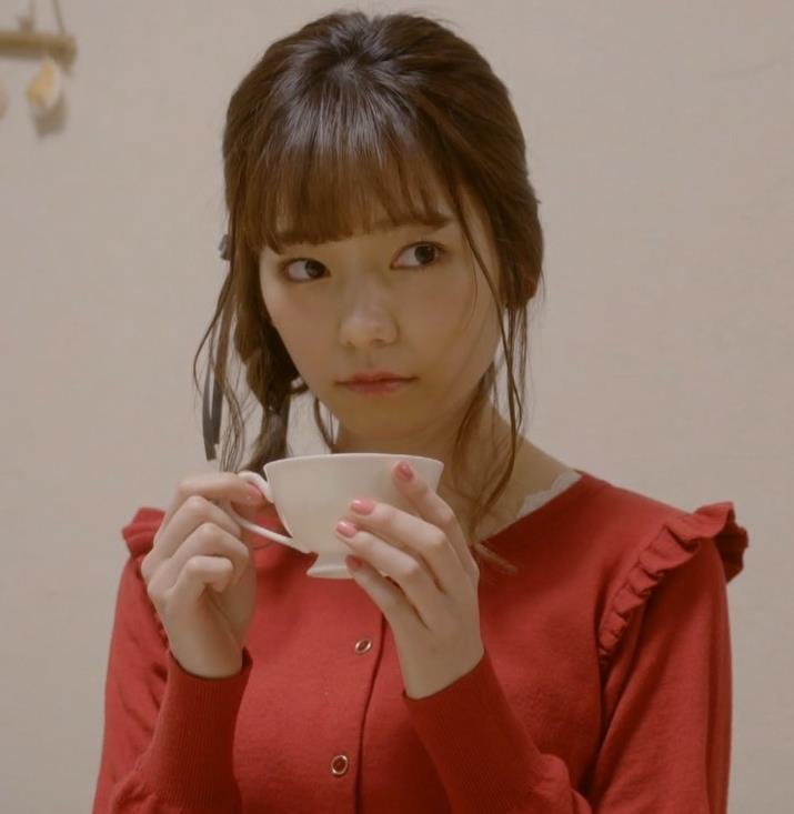 島崎遥香 セクシーな下着おっぱいキャプ・エロ画像2