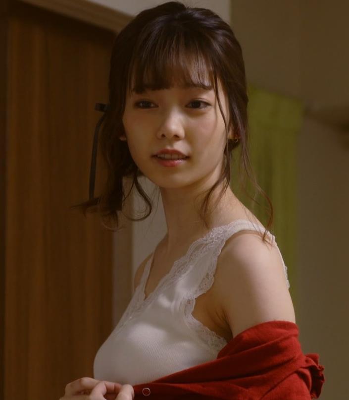 島崎遥香 セクシーな下着おっぱいキャプ・エロ画像6