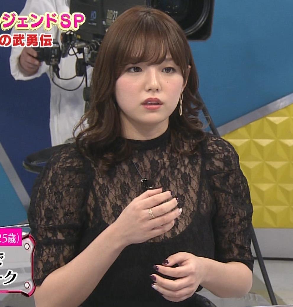 篠崎愛 韓国のテレビに出演するときのほうがおっぱい出しているみたい 「ナカイの窓」よりキャプ・エロ画像13