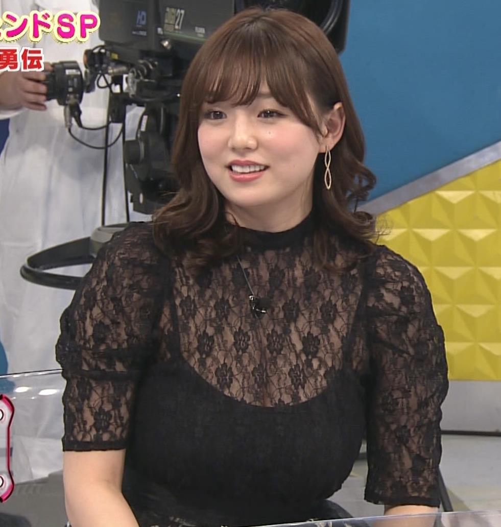 篠崎愛 韓国のテレビに出演するときのほうがおっぱい出しているみたい 「ナカイの窓」よりキャプ・エロ画像14