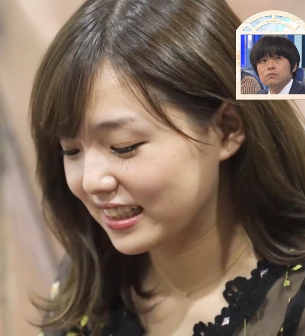 篠崎愛 韓国のテレビに出演するときのほうがおっぱい出しているみたい 「ナカイの窓」よりキャプ・エロ画像9