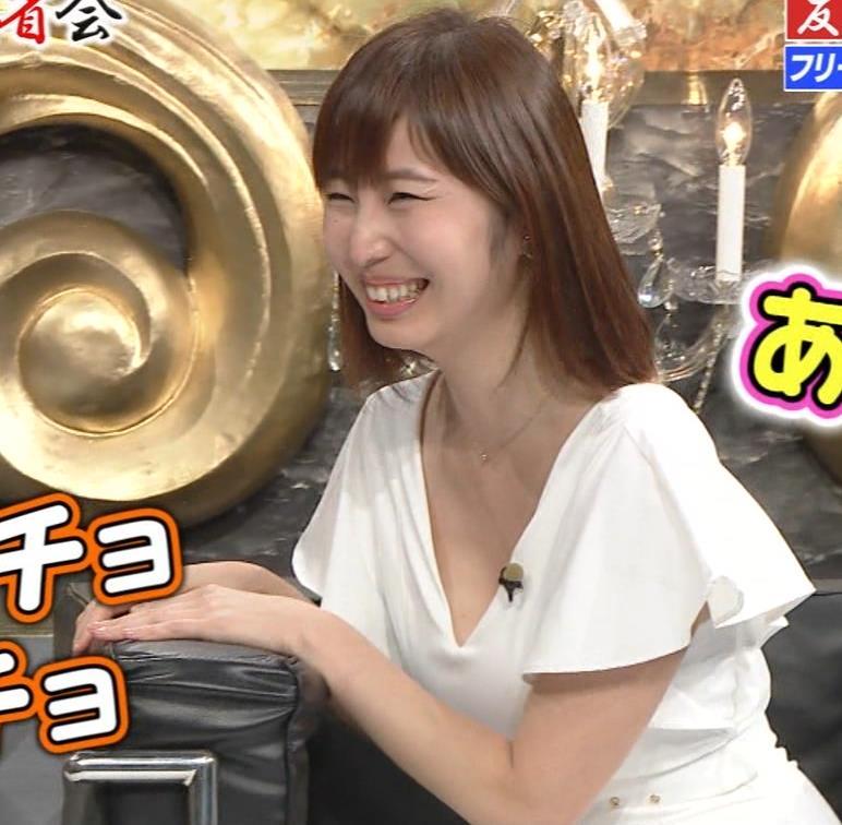 塩地美澄 有吉反省会でおっぱいアピールキャプ・エロ画像6