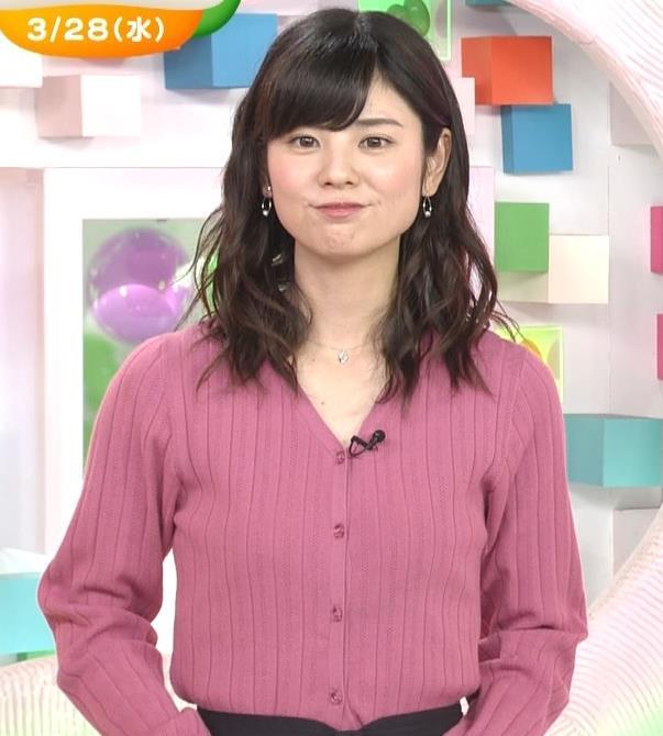 曽田麻衣子 ニットのカーディガンキャプ・エロ画像2