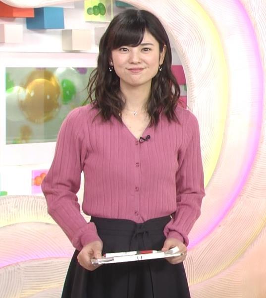 曽田麻衣子 ニットのカーディガンキャプ・エロ画像3