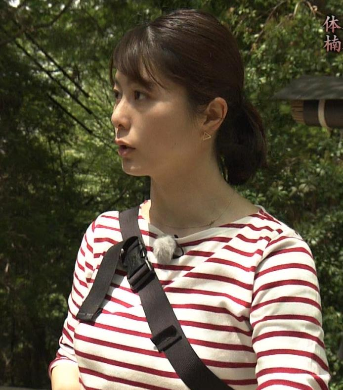 アナ ロングTシャツでパイスラキャプ・エロ画像4