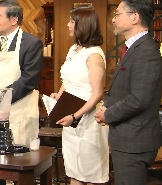 杉浦友紀アナ 腕がムチムチでたまらないキャプ・エロ画像6