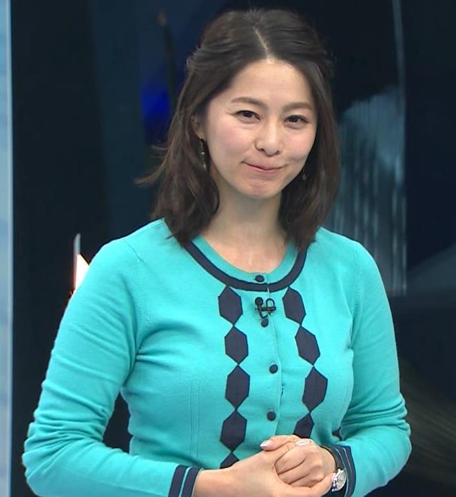 杉浦友紀アナ 平昌でもお胸がパンパンキャプ・エロ画像17