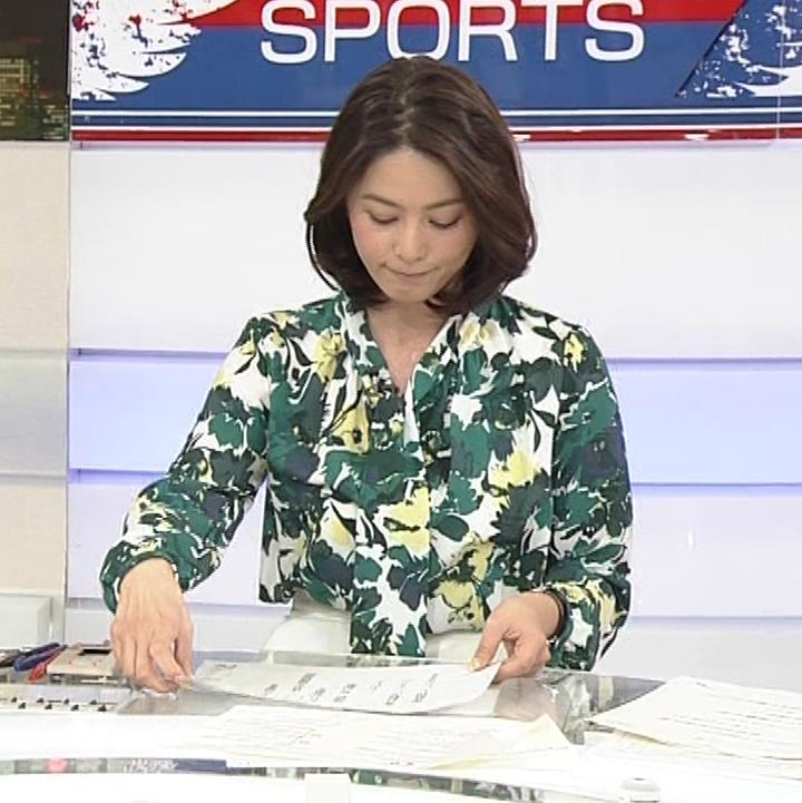 杉浦友紀アナ 「サタデースポーツ」よりキャプ・エロ画像4