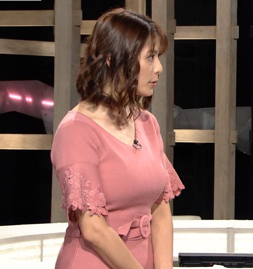 杉浦友紀アナ 乳を見られるのが好きなんだろうねキャプ・エロ画像8