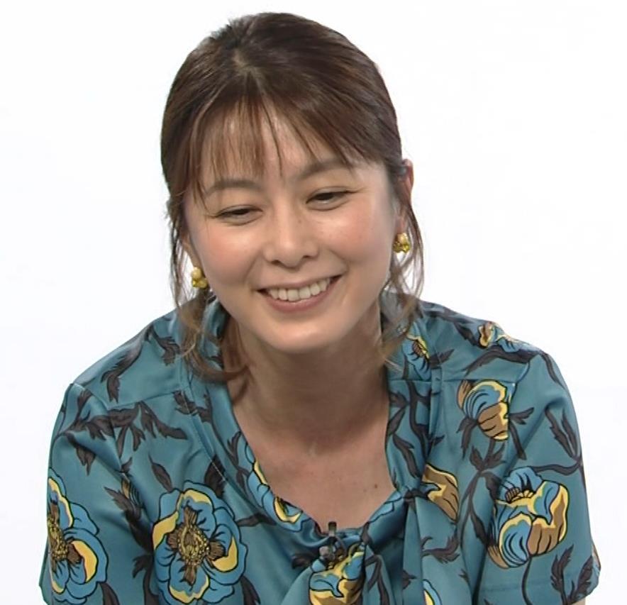 杉浦友紀アナ NET BUZZキャプ・エロ画像11