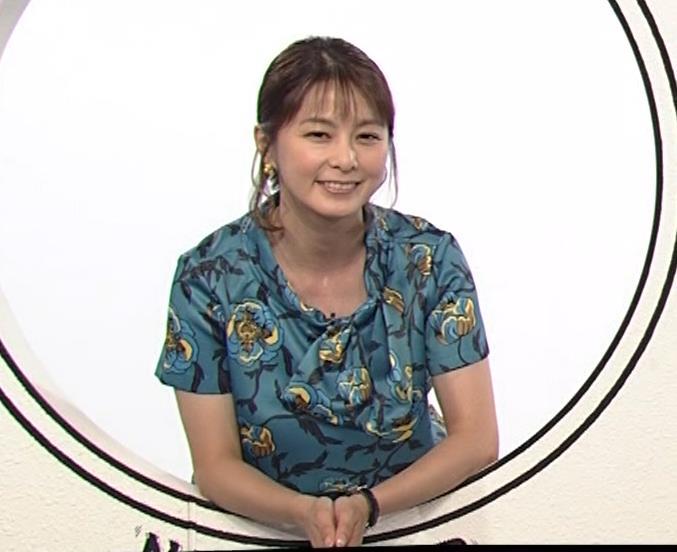 杉浦友紀アナ NET BUZZキャプ・エロ画像5