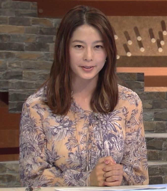 杉浦友紀アナ 爆乳が少しだけアピールキャプ・エロ画像6