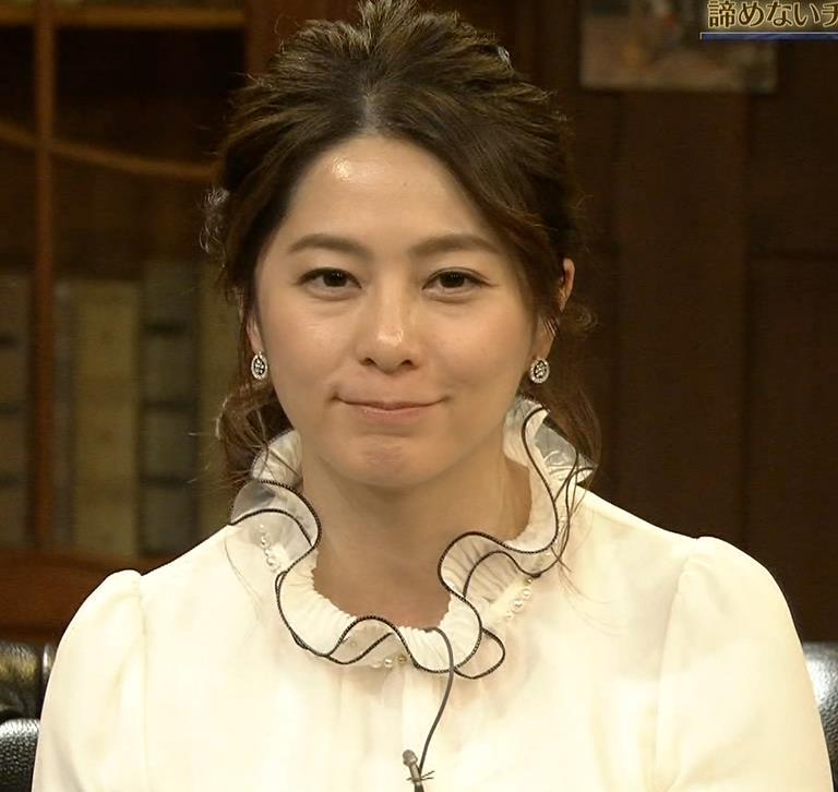 杉浦友紀アナ 垂れてそうな巨乳がエロいキャプ・エロ画像5