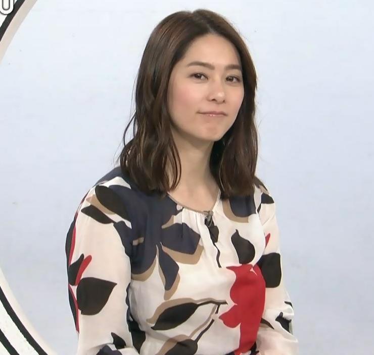 杉浦友紀アナ 35歳で猫耳つけてるキャプ・エロ画像