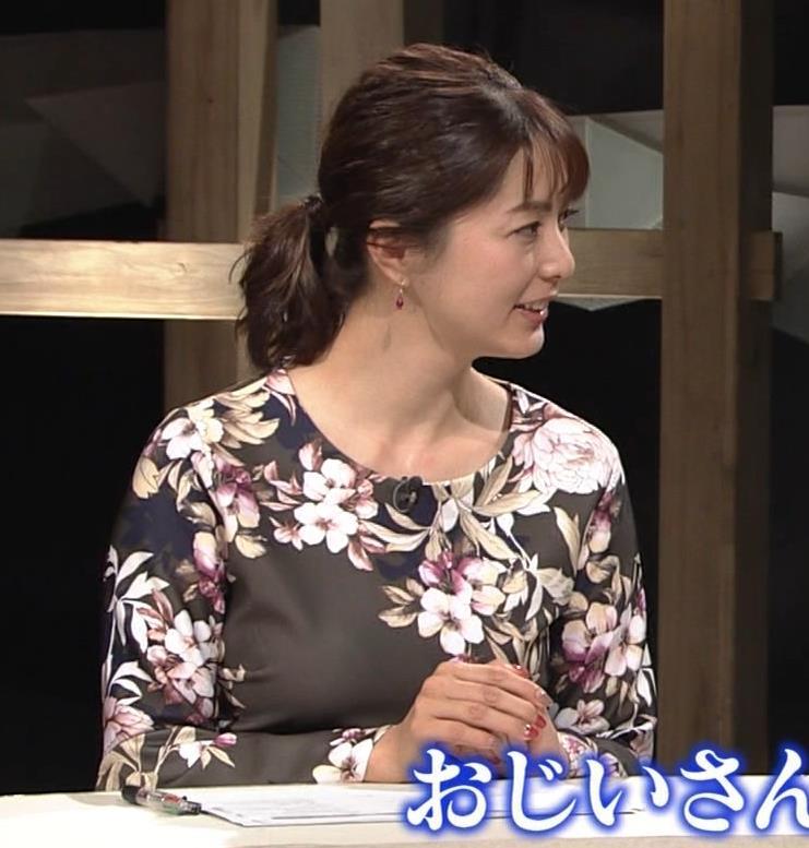 杉浦友紀アナ 安定の巨乳キャプ・エロ画像5