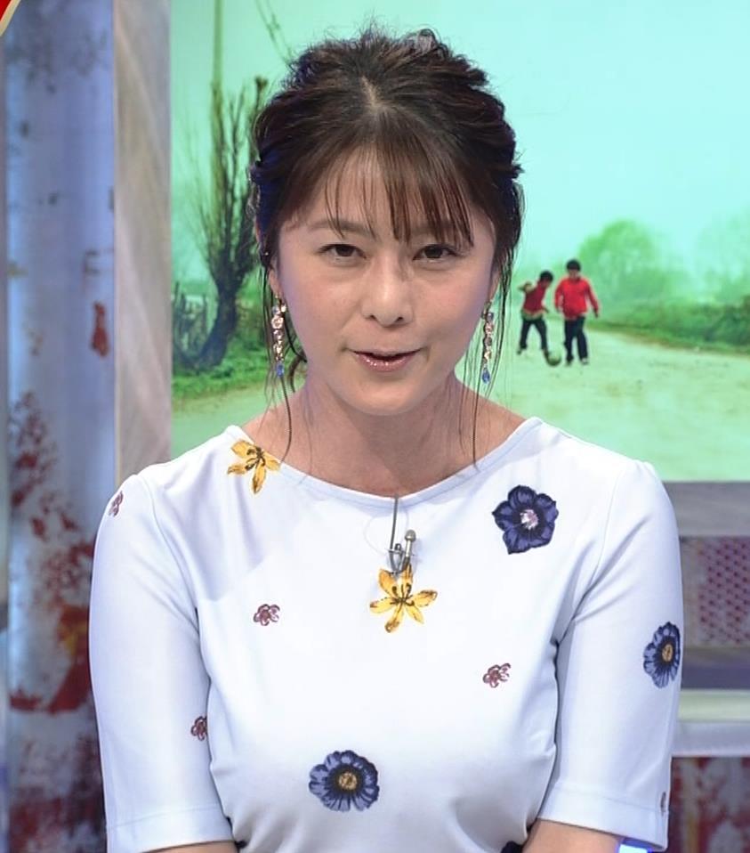 杉浦友紀アナ 「おっぱい半端ないって!」 ワールドカップ番組でお胸がエロ過ぎキャプ・エロ画像