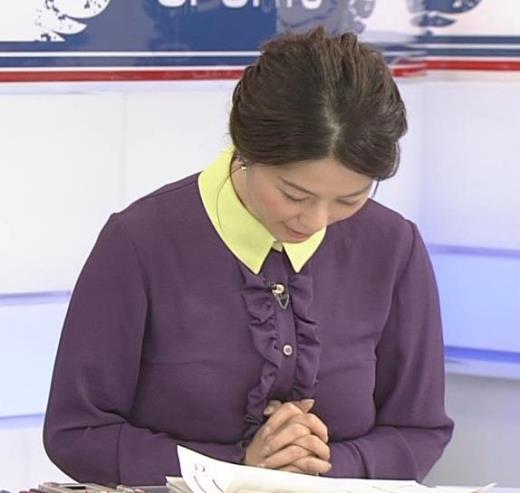 杉浦友紀 清楚系衣装キャプ画像(エロ・アイコラ画像)