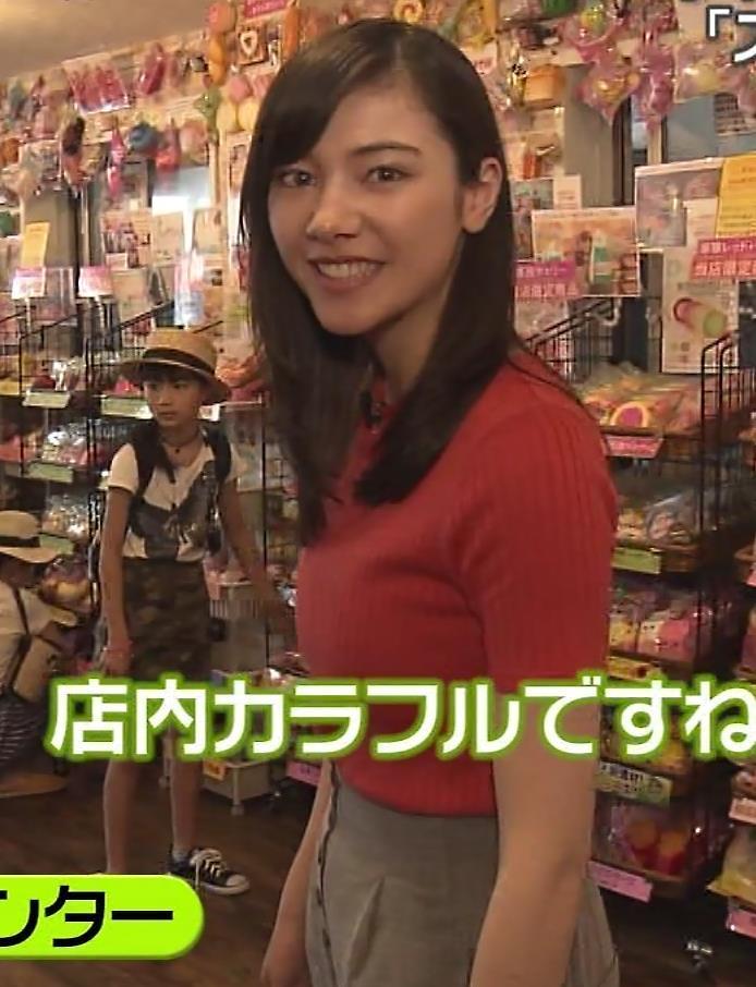 杉崎セリナ ぴったりニットおっぱいキャプ・エロ画像4
