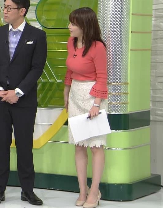 鷲見玲奈アナ やっぱりすげぇデカ乳キャプ・エロ画像3
