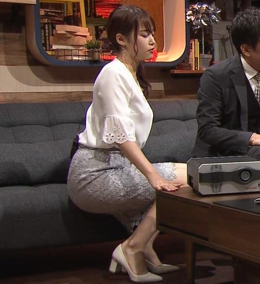 鷲見玲奈アナ スカートお尻キャプ・エロ画像9