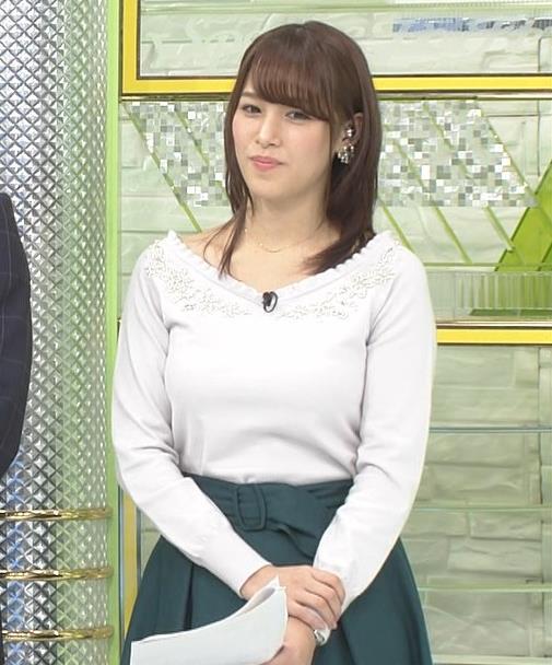鷲見玲奈アナ 安定のニットおっぱいキャプ・エロ画像8