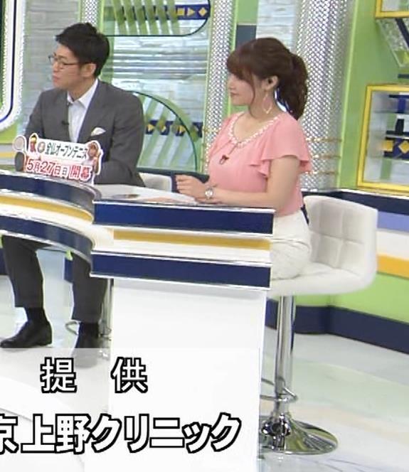アナ きれいな脚キャプ・エロ画像5