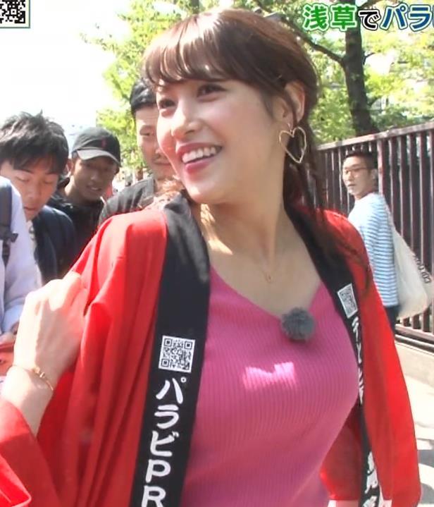 鷲見玲奈アナ 爆乳ニットのアップ画像キャプ・エロ画像4