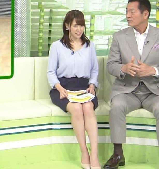 鷲見玲奈アナ 生足エッロ…キャプ・エロ画像
