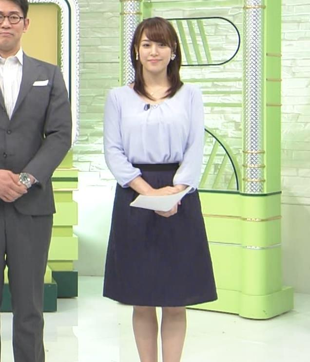 鷲見玲奈アナ 生足エッロ…キャプ・エロ画像3