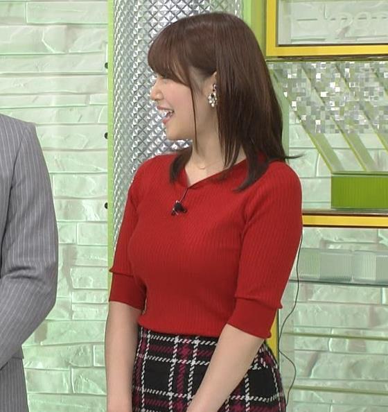 鷲見玲奈アナ 冬でもピチピチ半袖ニット&ミニスカートキャプ・エロ画像