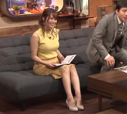 鷲見玲奈アナ 安定のエロ衣装キャプ・エロ画像2