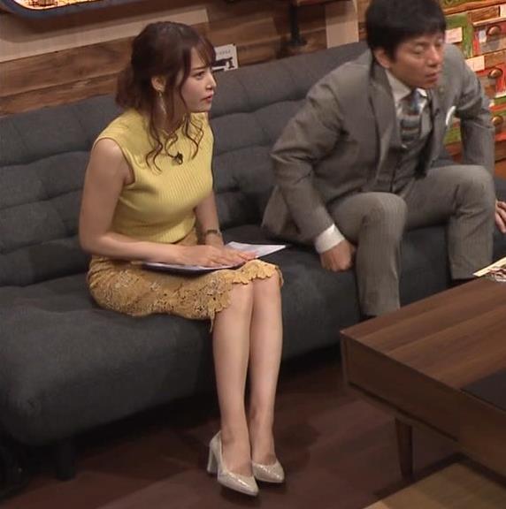 鷲見玲奈アナ 安定のエロ衣装キャプ・エロ画像12