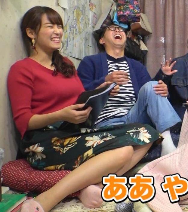鷲見玲奈アナ 脚とおっぱいがエロいキャプ・エロ画像5