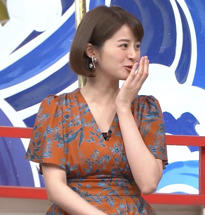 鈴木ちなみ おっぱいが目立つ衣装キャプ・エロ画像3