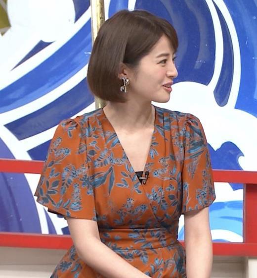 鈴木ちなみ おっぱいが目立つ衣装キャプ画像(エロ・アイコラ画像)