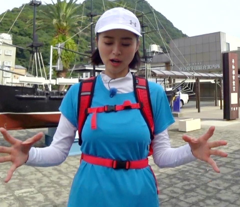 鈴木ちなみ 乳が揺れ揺れのランニング番組(GIFあり)キャプ・エロ画像