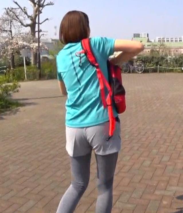 鈴木ちなみ ランニングウェアのプリケツ&ピチピチTシャツおっぱいキャプ・エロ画像2