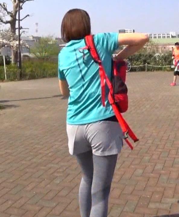 鈴木ちなみ ランニングウェアのプリケツ&ピチピチTシャツおっぱいキャプ・エロ画像4