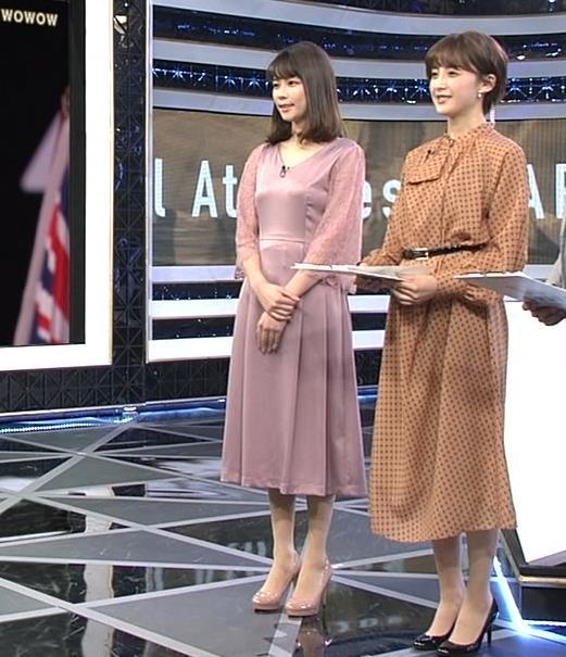 鈴木唯アナ おっぱいがエロい衣装キャプ・エロ画像