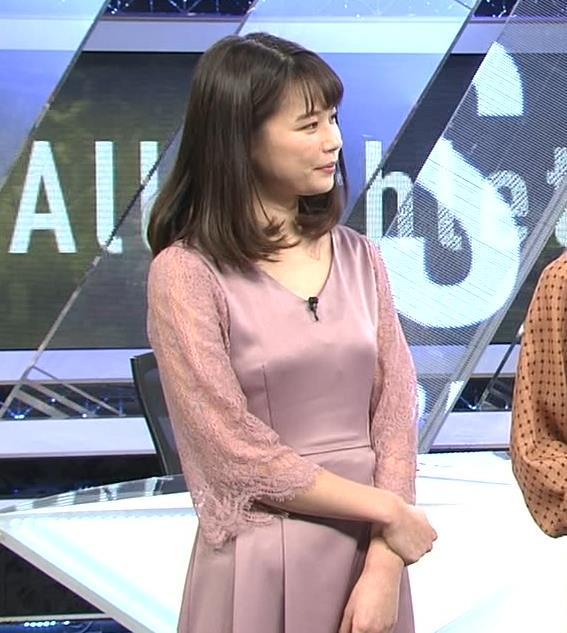 鈴木唯アナ おっぱいがエロい衣装キャプ・エロ画像4