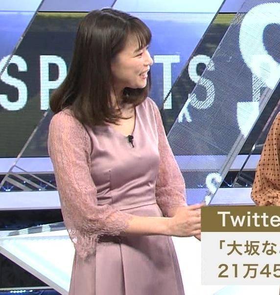 鈴木唯アナ おっぱいがエロい衣装キャプ・エロ画像5