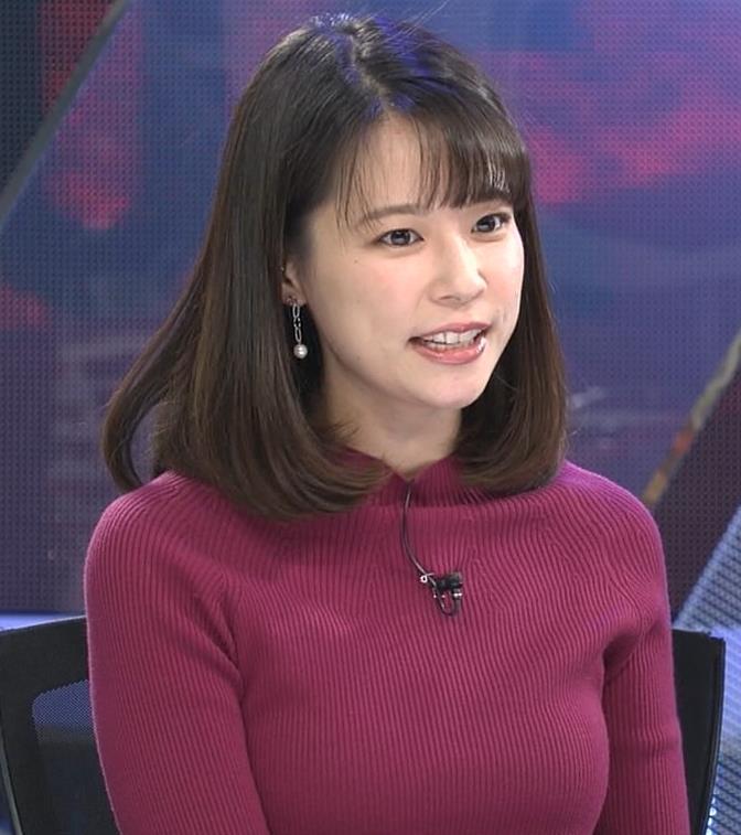 鈴木唯アナ 微乳のふくらみが逆にエロいニットキャプ・エロ画像7