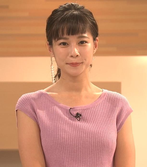 鈴木唯アナ 地味めな女子アナのニット乳キャプ・エロ画像2
