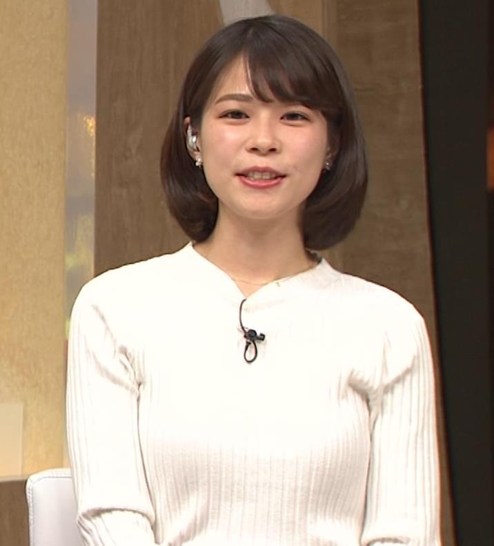 鈴木唯アナ ニット乳がいい感じキャプ・エロ画像5