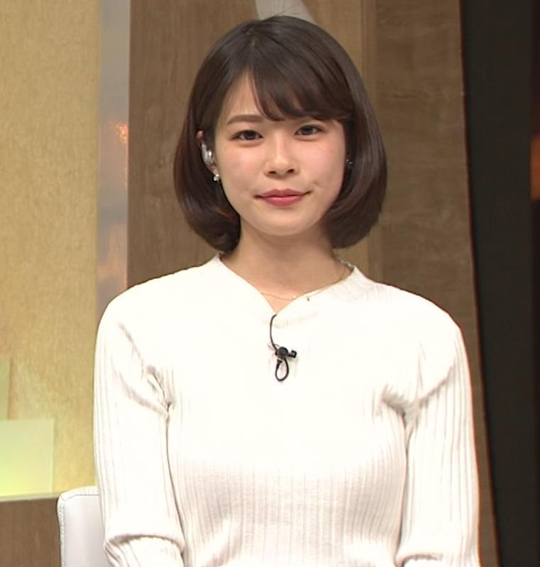 鈴木唯アナ ニット乳がいい感じキャプ・エロ画像6
