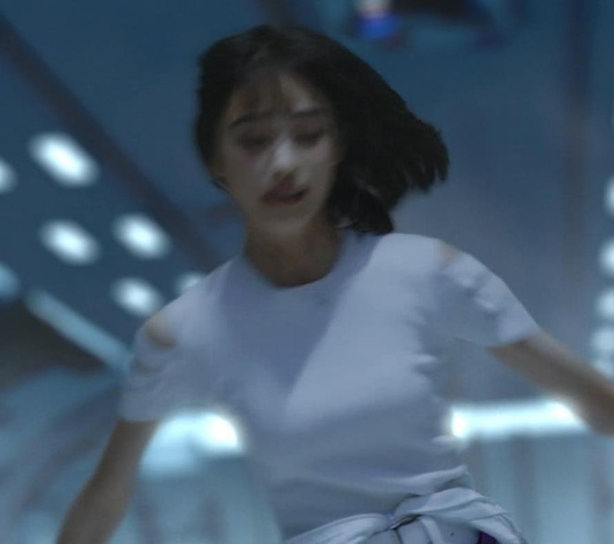 高橋ひかる おっぱいくっきりCMキャプ・エロ画像6